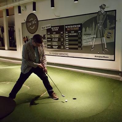 Swing by Golfbaren minigolf course and speakeasy in Stockholm, Sweden