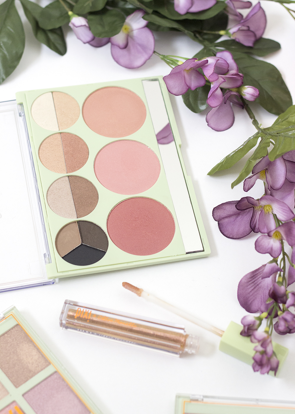 Pixi Beauty Palette Chloette Romantic Radiance Palette