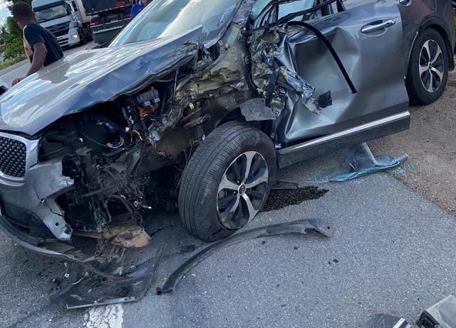 Carro com prefeito de Jacobina, esposa e filha se envolve em acidente na BR-324