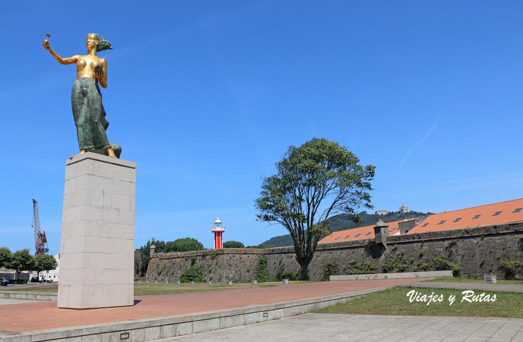 Estatua de la mujer vianesa, Viana do Castelo