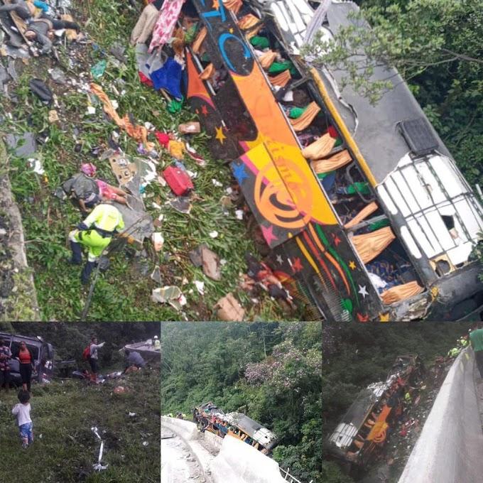 Sobe para 21 o número de mortes na tragédia com ônibus na BR 376 em Guaratuba