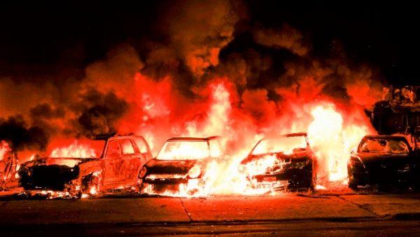 Segunda noche de protestas en Wisconsin, EE.UU., contra violencia policial