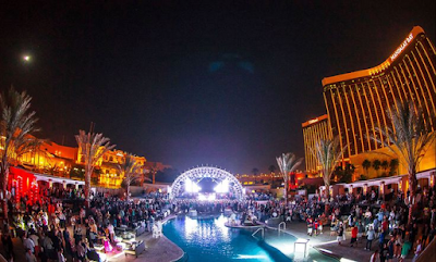Mandalay Bay Pool Party