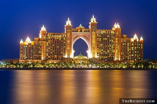"""9 trải nghiệm """"ném tiền qua cửa sổ"""" ở Dubai"""