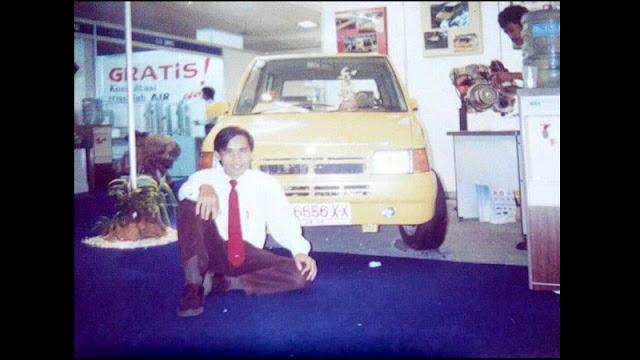 Mobil SRI bersama Nazaruddin Aziz