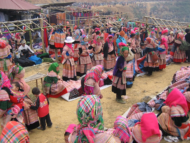 What is most prominent is happening in the highland markets in Sapa?
