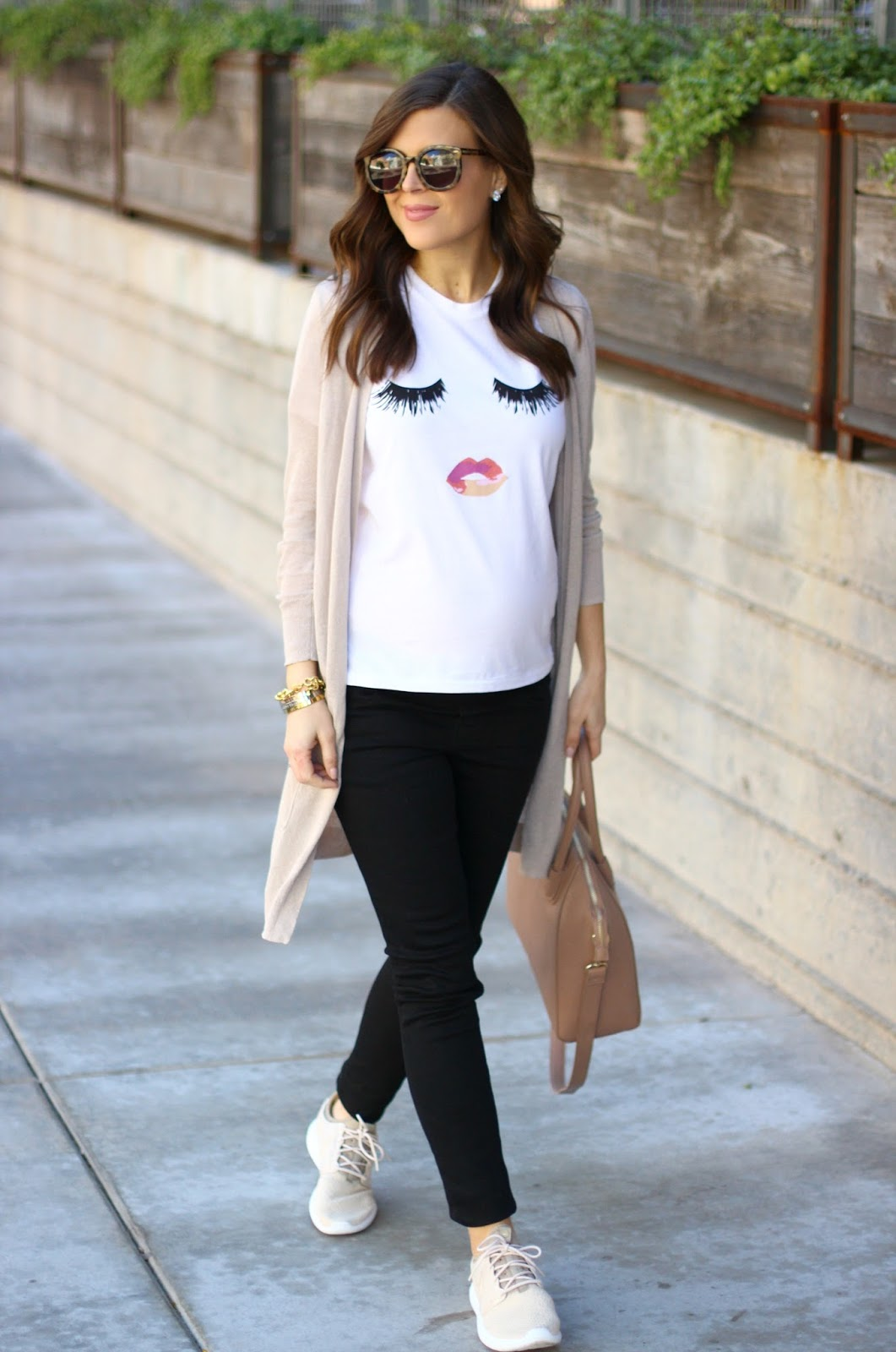 4d55c496eeb6 Casual Valentine s Day Outfit +  1