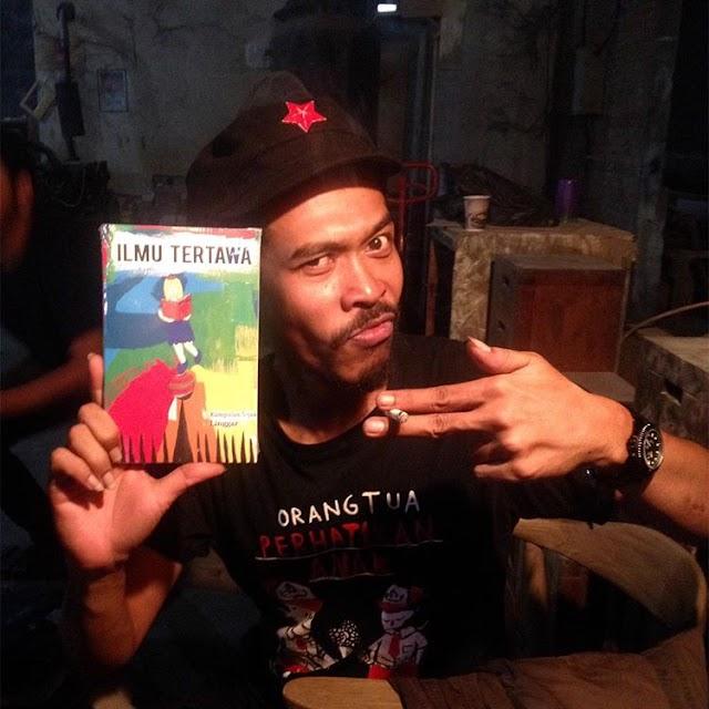 Pameran Bertajuk Little World dan Buku Ilmu Tertawa