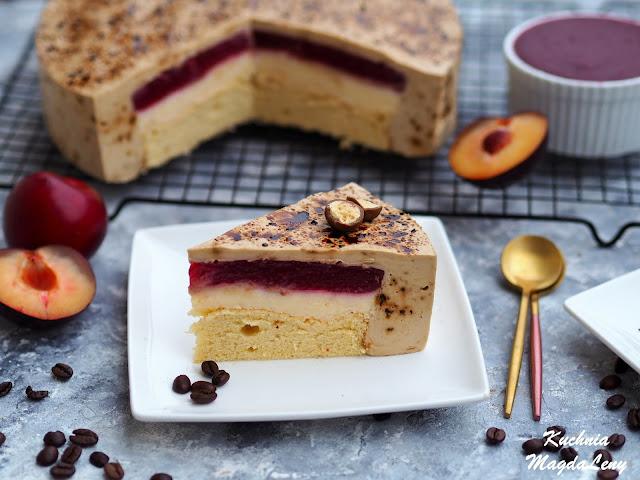 Ciasto serowo-kawowe na biszkopcie z musem śliwkowym