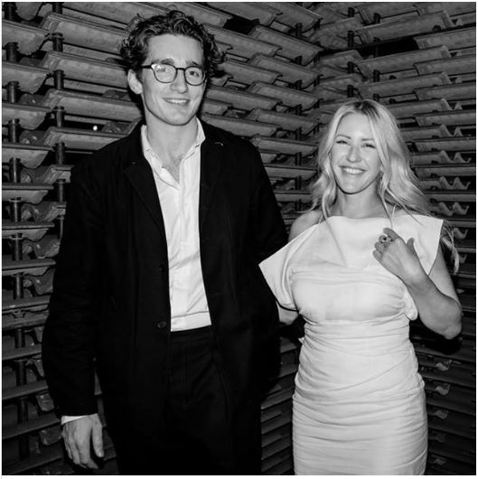Ellie Goulding與男友Caspar於公開場合合照