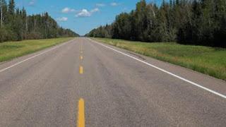 सड़क पर पीली टूटी हुई पट्टी का मतलब (Meaning of Yellow dot lines on road)
