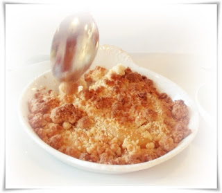 apple-and-almond-crumble