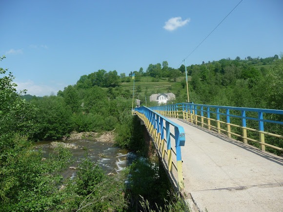Тисів. Річка Сукіль. Міст