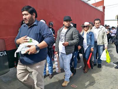 aficionados taurinos leche novillada benefica niños rimac solidaridad