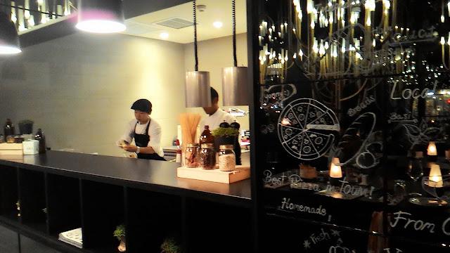 Italics restaurant review Nimmanhaemin Chiang Mai fine dining