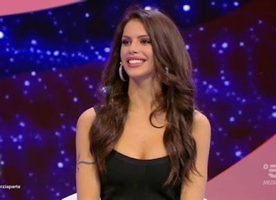 Antonella Fiordelisi bella influencer scherzi a parte 19 settembre