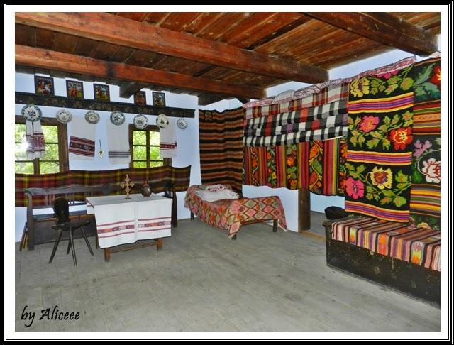 muzeul-satului-bucuresti-interior