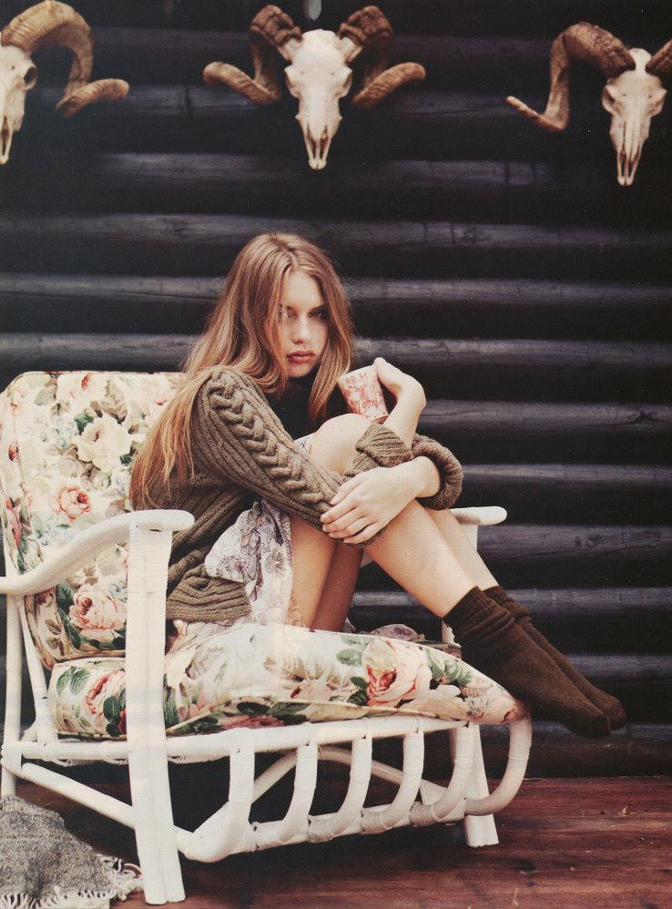 Avril Alexander Nude Photos 18