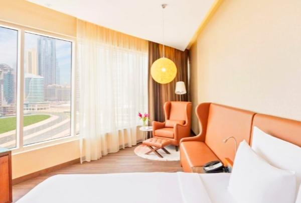 فندق راديسون بلو كانال فيو دبي من فنادق دبي برج خليفة