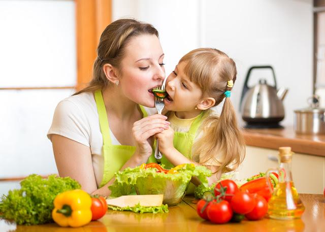 3 نصائح لجعل الأطفال يأكلون بصحة جيدة