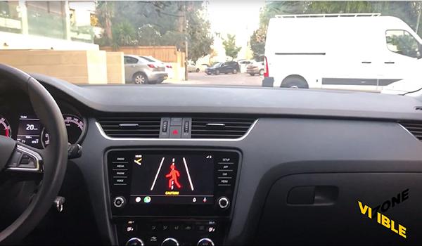 تطبيق اندرويد اوتو يُحذر السائقين من المُشاة قبل رؤيتهم