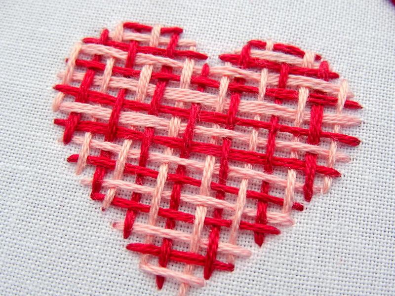 Hướng dẫn thêu trái tim dệt lưới - Hình 1