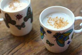 Cara menghilangkan komedo dengan pala dan susu