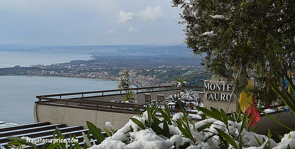 Terraço do Hotel Monte Tauro, em Taormina