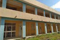 famialias-haitianas-viven-escuela
