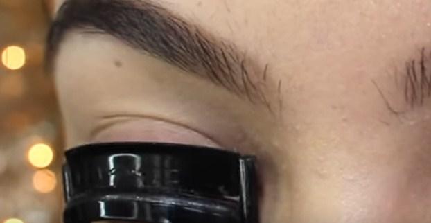 Alat pengeriting bulu mata
