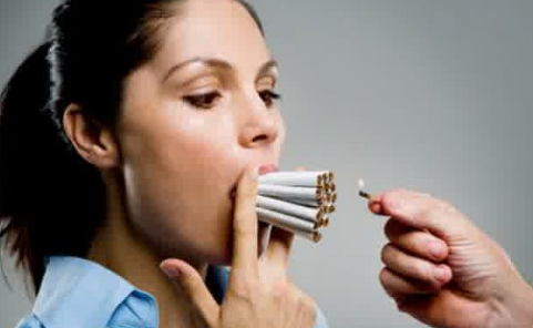 Wanita Perokok Lebih Berisiko Terkena Penyakit