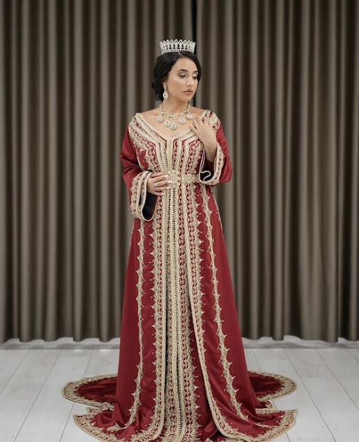 nouveau caftan mariage satin de soie rouge 2020