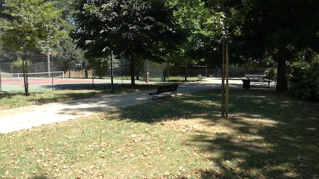 Campo de Ténis no Parque das Taipas