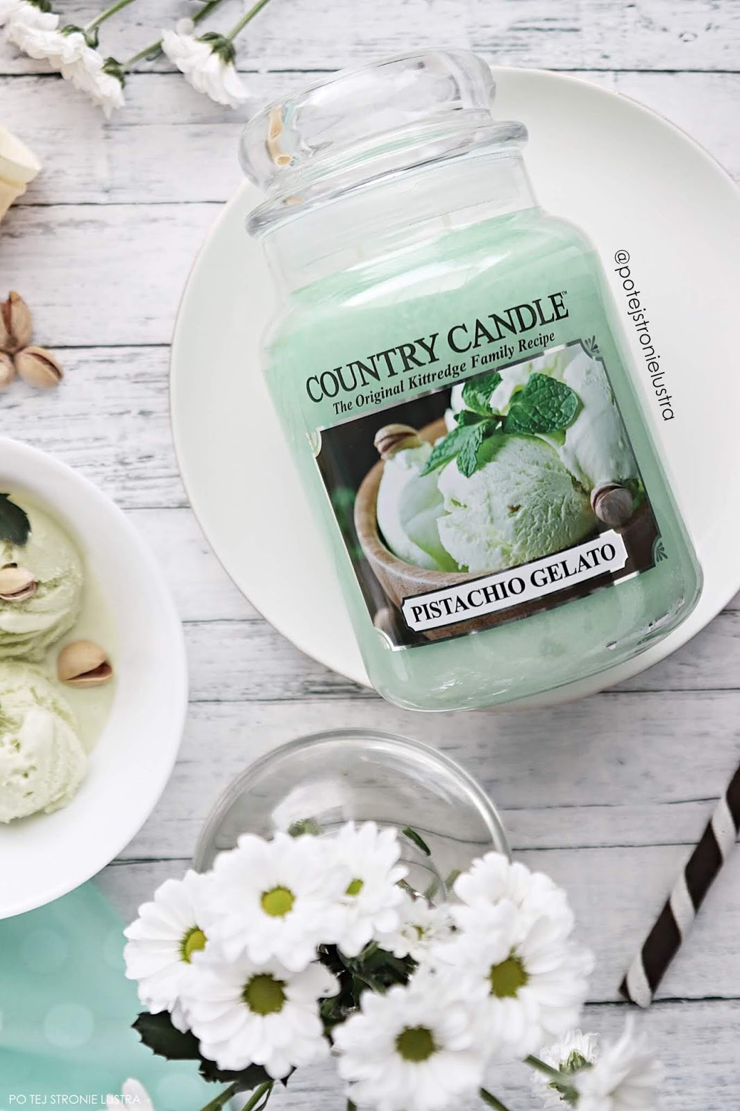 świeca country candle o zapachu lodów pistacjowch