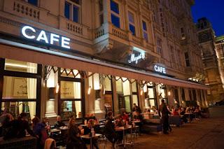 5 Alasan Mengapa Coffe Shop Jadi Tren dan Disukai Semua Kalangan