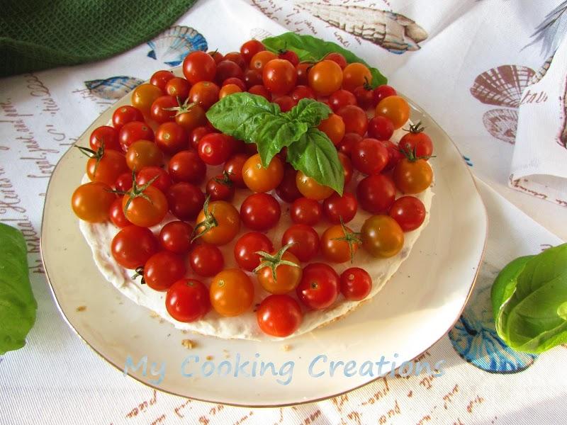 Солен чийзкейк с чери и маслини * Cheesecake salata con pomodorini