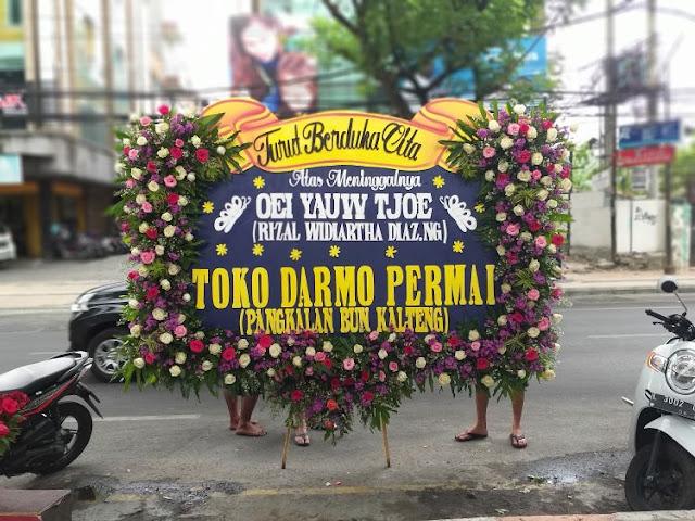 bunga papan kayoon surabaya, bunga papan florist surabaya, karangan bunga papan di surabaya