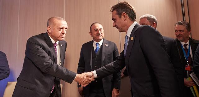 Γιατί κινδυνεύει να... τσαλακωθεί η Τουρκία