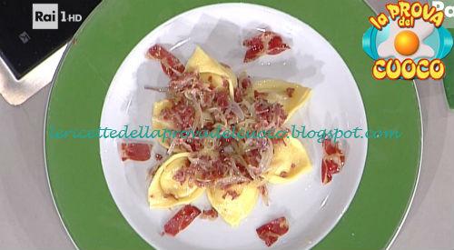 Cappelletti squacquerone e coppa croccante ricetta Rossi da Prova del Cuoco