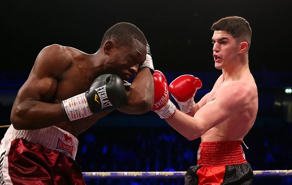 Albanian boxer Reshat Mati wins in the UK the seventh match in a row in his career