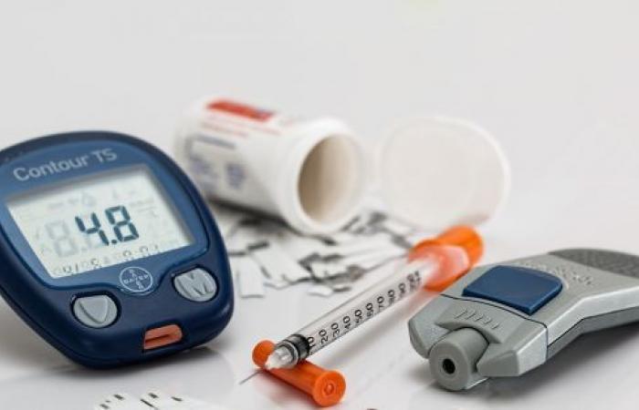 هل مرض السكر يسبب ارتفاع ضغط الدم أم العكس؟
