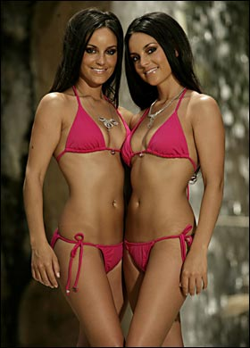 hot naked twin girls