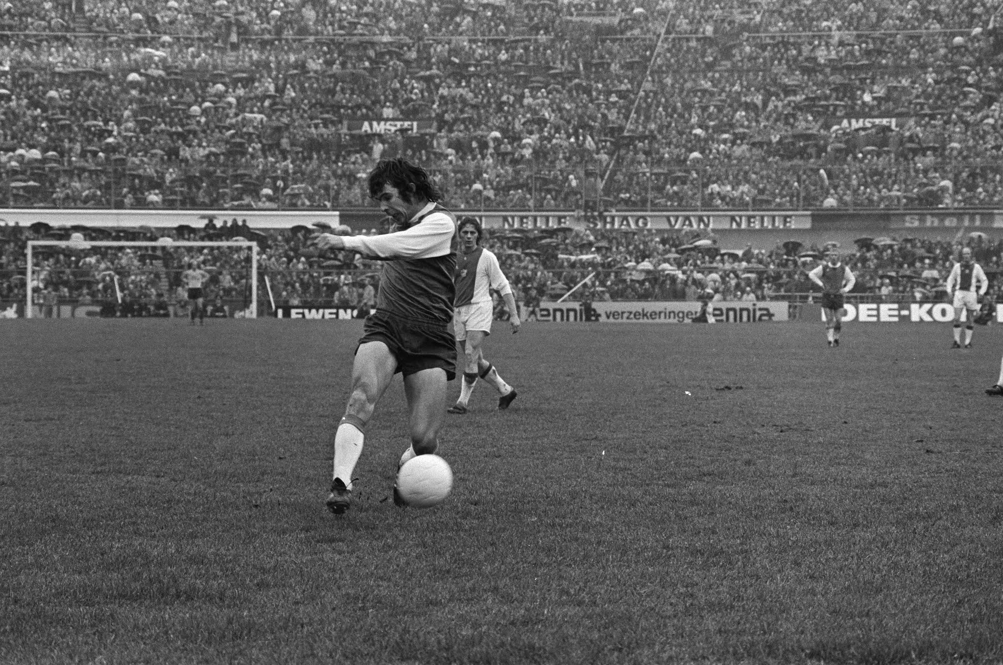 Goal Wim van Hanegem