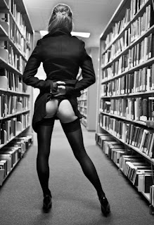 naked butt in library
