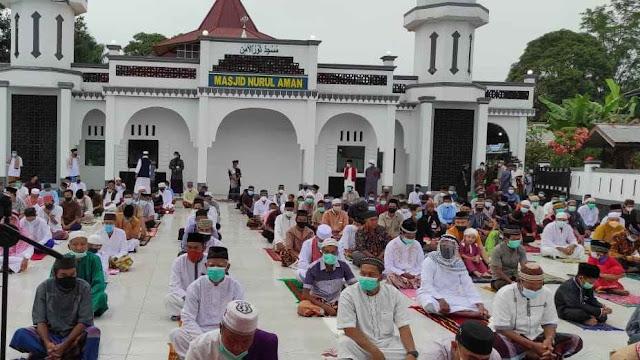 Masjid Besar Nurul Aman Kota Baru Gelar Shalat Idul Adha Dengan Protokol Kesehatan