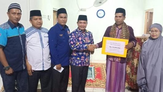 Anggota DPRD Kota Padang Kunjungi Mushalla Jamiatul Muslimin