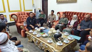 Bertemu Wali Kota Cirebon, Forum PKL Dan Pemkot Cirebon Berkomitmen Jaga Kota Cirebon