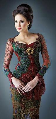 Model Kebaya Natal Elegan Terbaru