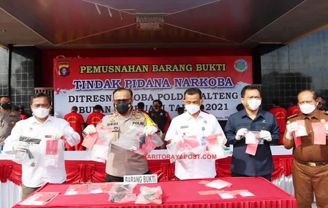 Press Release TP Narkoba, Polda Kalteng Musnahkan 760,07 Gram Sabu dan Amankan 6 Senpi Rakitan
