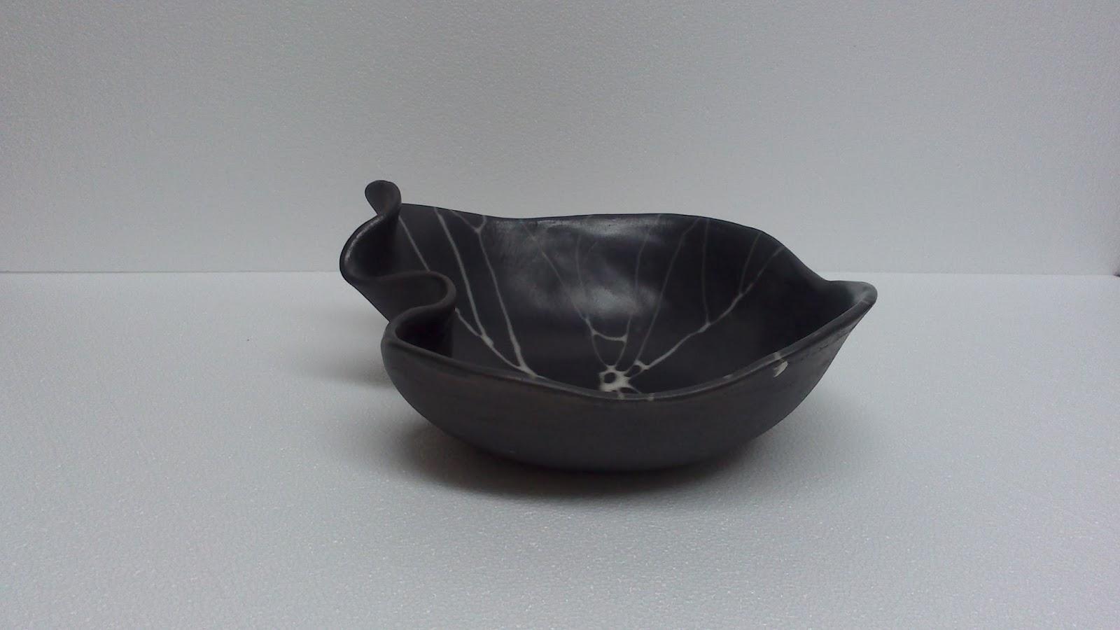 ceramica come mestiere: Leleganza del bianco, del saggar